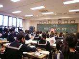 卒業式後の教室