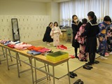浴衣を着てみよう(日本舞踊部)